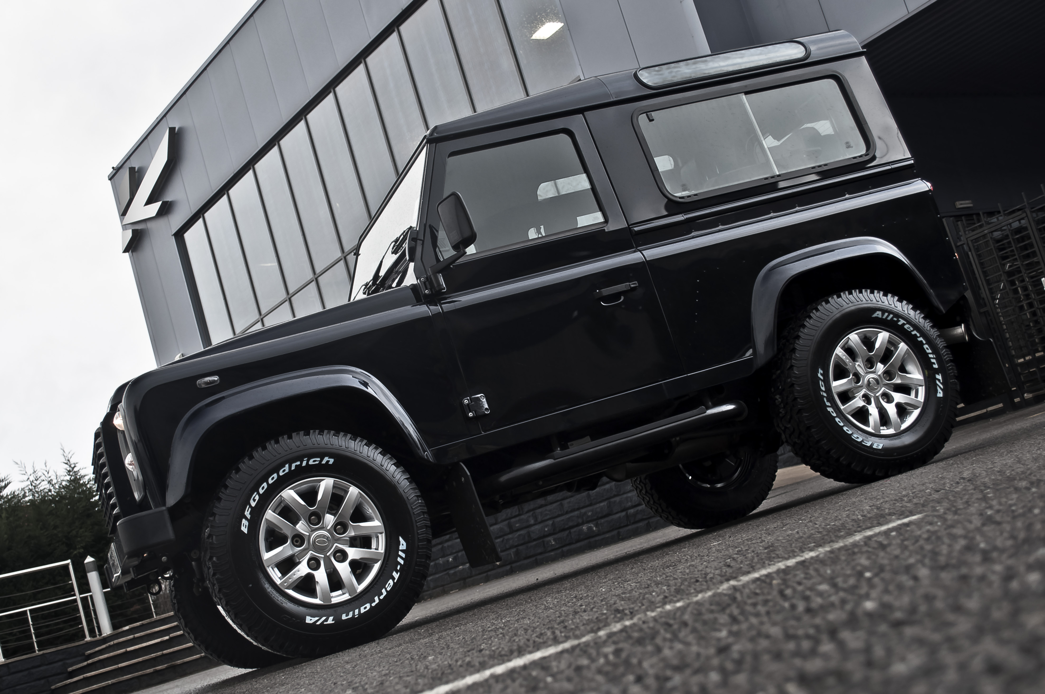 New Style 18 Alloy Wheel Programmes For Land Rover