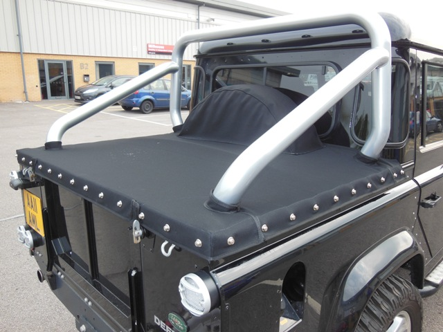 Tailored Tonneau Cover For Land Rover Defender Pick Up And
