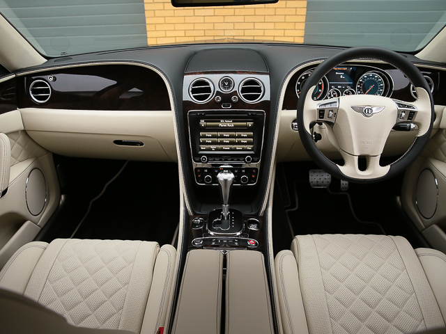 Flying Spur W12 6 0 Mulliner Driving Specification 2017my