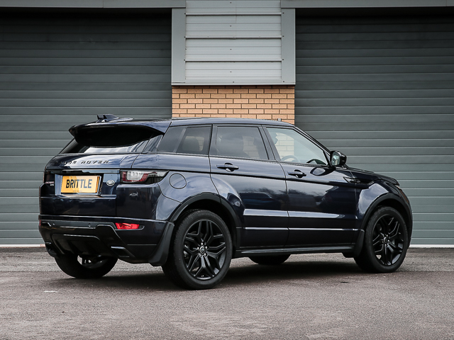 evoque td4 2 0 hse dynamic black design pack 9 speed automatic 180 bhp brittle motor group. Black Bedroom Furniture Sets. Home Design Ideas